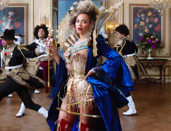 Beyonce at the 02 commercial video promo