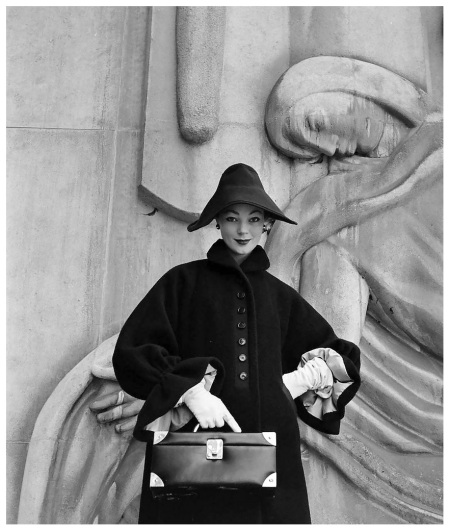 ivy-is-wearing-givenchys-big-sleeved-coat-of-navy-wool-with-new-wrist-ruffle-cuffs-and-garbo-slouch-hat-photo-by-nat-farbman-paris-feb-1952-b