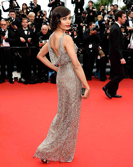 Freida Pinto stuns in a  gown by Indian designer Sanchita.