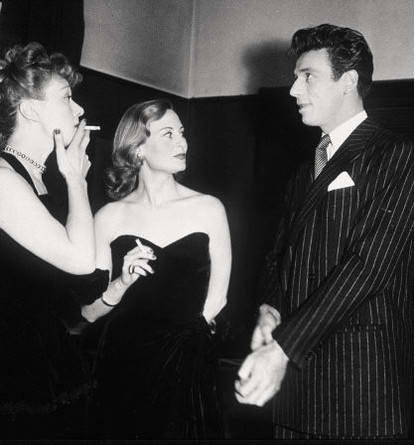 Edwige FEUILLERE, Michèle MORGAN, Yves MONTAND