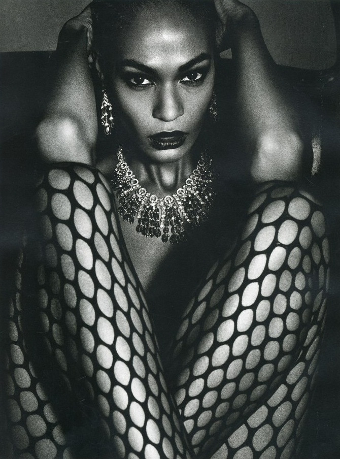 joan-smalls-vogue-paris-july-2013-1