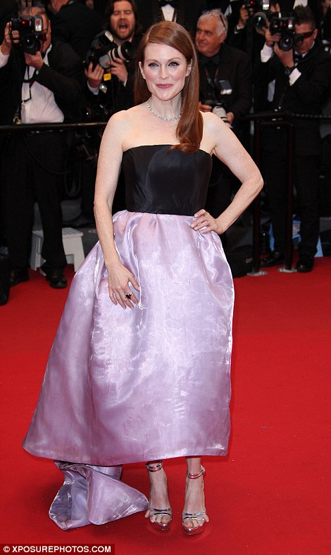 Julianne Moore,are you sure you're wearing Dior?