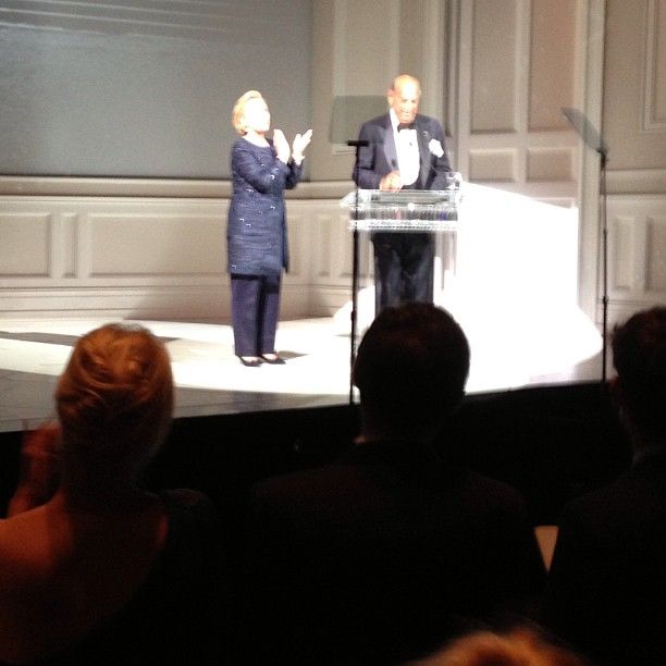 Hillary Clinton and Oscar de la Renta.
