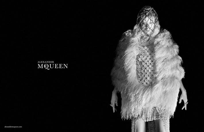 alexander-mcqueen-winter-2014-5