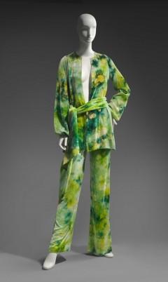 Roy Halston Frowick, Tie-dyed ensemble, 1969. Silk velvet; tie-dyed