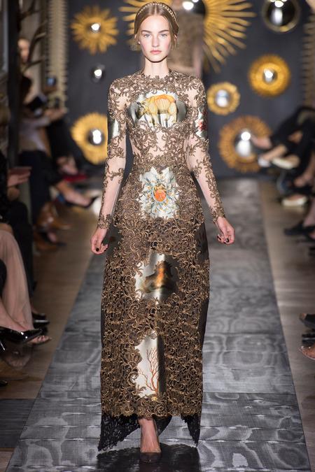 The solid valentino definition of haute couture sybilia for Define couture fashion