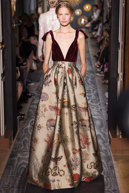 The solid valentino definition of haute couture sybilia for Define couture