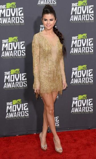 Selena Gomez in  Julien Macdonald