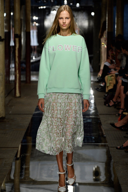 christopher_kane_015_1366.450x675 - Copy