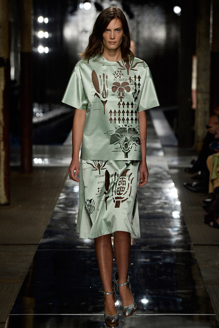 christopher_kane_027_1366.450x675 - Copy