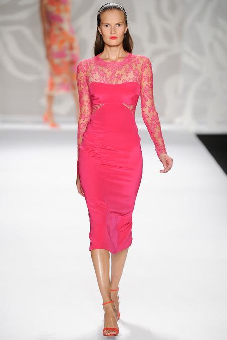 Monique Lhuillier;s ultra feminine dresses