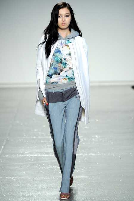 athletic chic layering by Rebecca Taylor