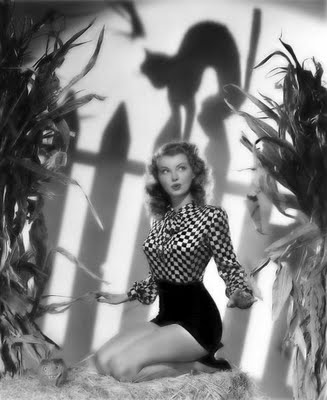 Lillian Wells - Glamour for Halloween