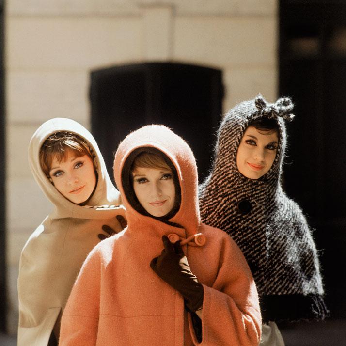 2-Dior-Glamour-1952-1962-mark-shaw-Rizzoli-yatzer