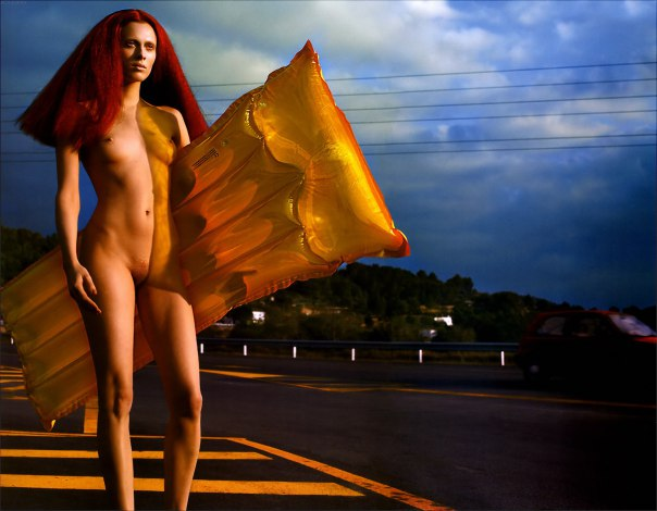 karen-elson-by-mert-alas-marcus-piggott-for-pop-magazine-ss-2005-1