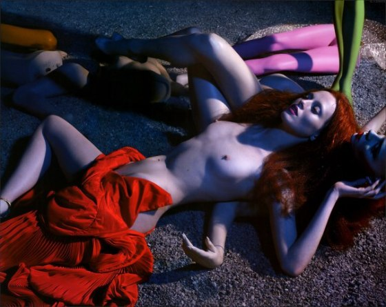 karen-elson-by-mert-alas-marcus-piggott-for-pop-magazine-ss-2005-2