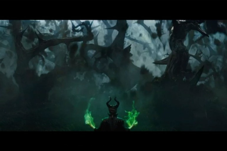 maleficent-grab-vogue-13nov13-6-b_1080x720