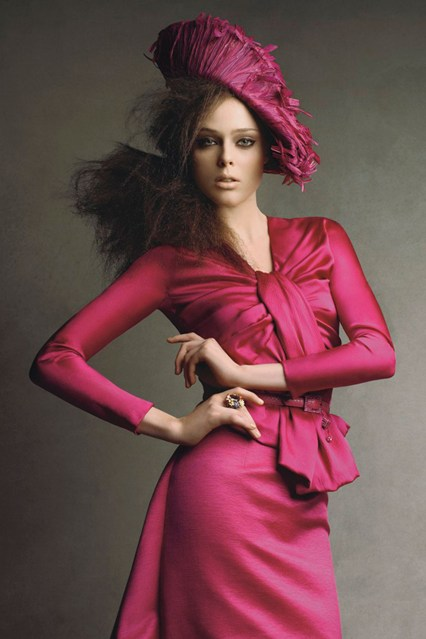 patrick-demarchelier-coco-rocha-vogue-dior-by-galliano-dec-2007-p067_426x639