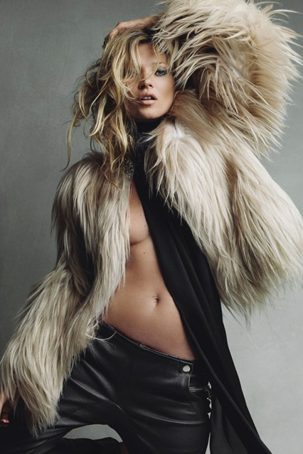 patrick-demarchelier-kate-moss-galliano-coat-2010-september-p261_426x639