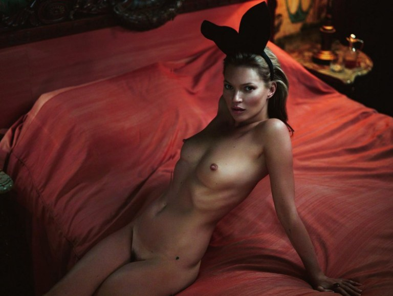 kate-moss-by-mert-alas-marcus-piggott-for-playboy-us-january-february-2014-18