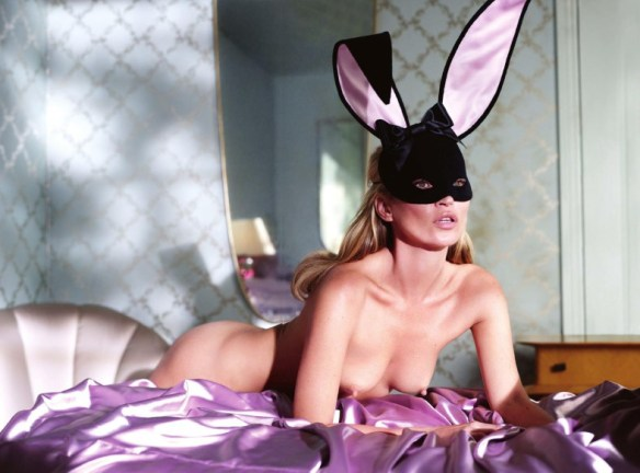 kate-moss-by-mert-alas-marcus-piggott-for-playboy-us-january-february-2014-9