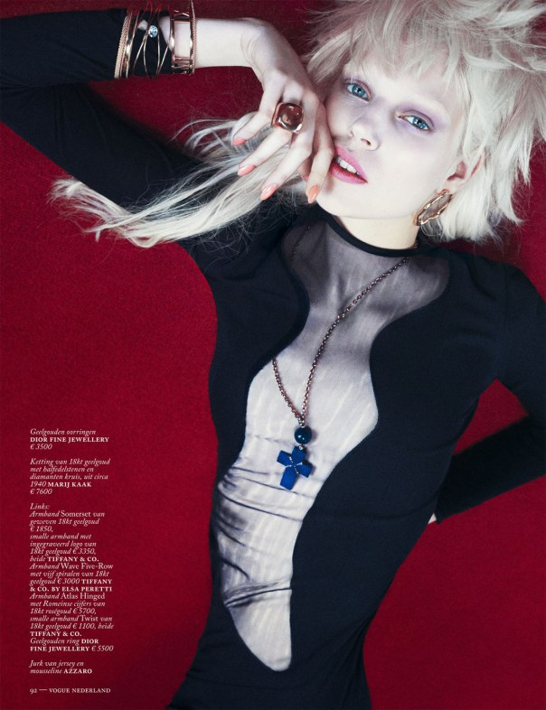ola-rudnicka-by-boe-marion-for-vogue-netherlands-march-2014-1