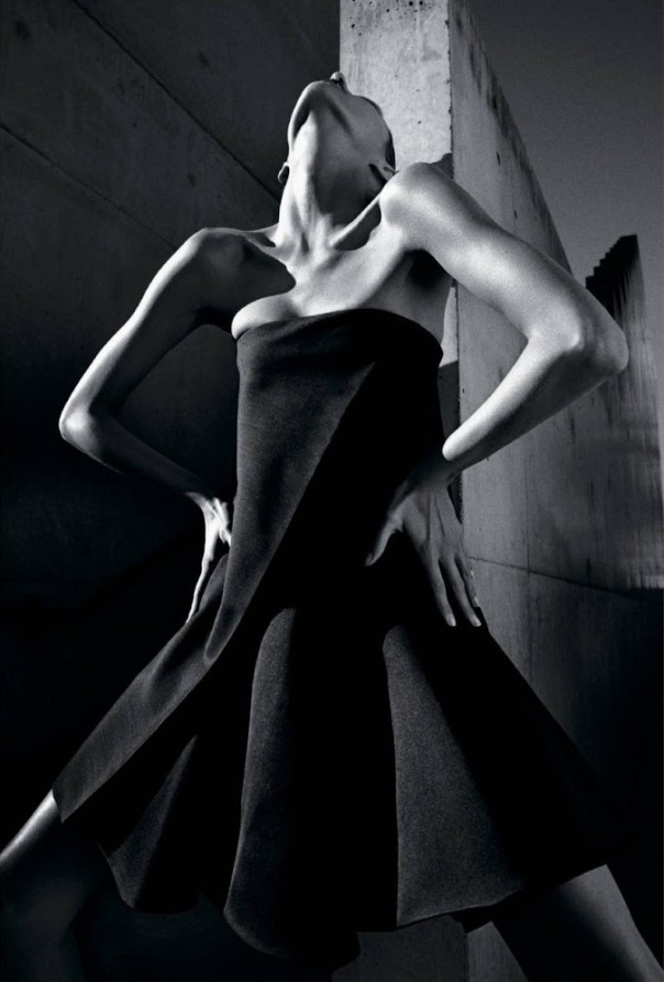 anja-rubik-by-mario-sorrenti-for-the-new-york-times-style-magazine-spring-2013-1