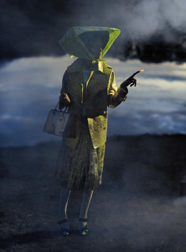 lindsey-wixson-magda-laguinge-by-sebastian-faena-for-cr-fashion-book-4-spring-summer-2014-11