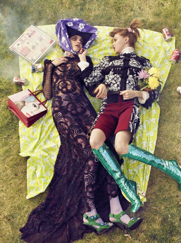 lindsey-wixson-magda-laguinge-by-sebastian-faena-for-cr-fashion-book-4-spring-summer-2014-6