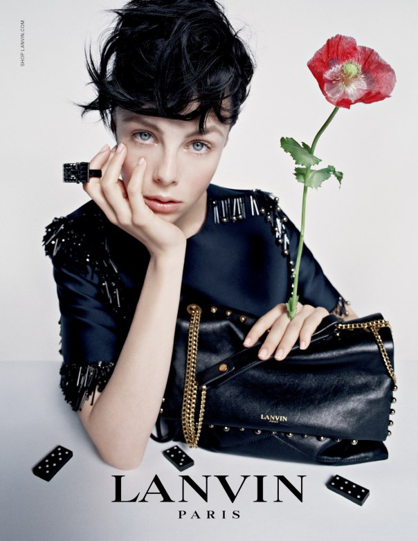 edie-campbell-olympia-campbell-sophie-hicks-roddy-campbell-by-tim-walker-for-lanvin-fall-winter-2014-2015-11