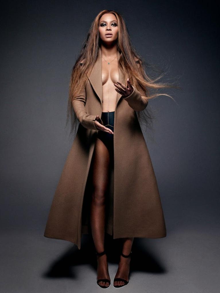 Beyonce_CR-Fashion-09
