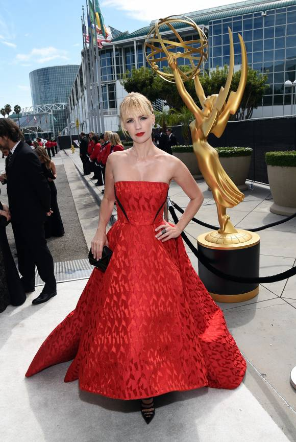 emmy-awards-emmys-2014-january-jones-red-carpet-orig(2)__width_580