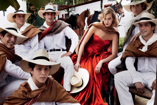 karlie-kloss-by-mario-testino-for-vogue-us-september-2014-9