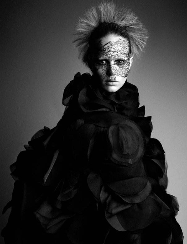 anna-ewers-by-patrick-demarchelier-for-interview-magazine-september-2014-12