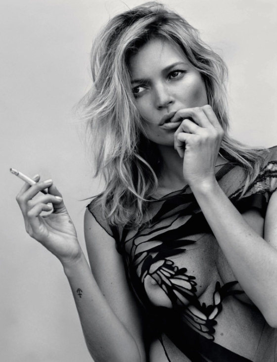 kate-moss-by-alasdair-mclellan-for-another-magazine-fall-winter-2014-2015-1