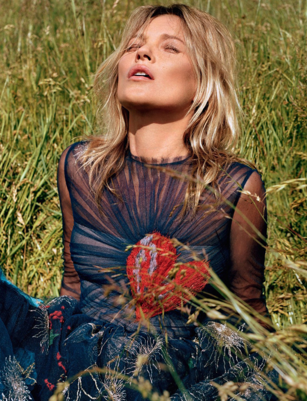 kate-moss-by-alasdair-mclellan-for-another-magazine-fall-winter-2014-2015-3