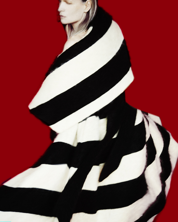 kirsten-owen-by-erik-madigan-heck-for-muse-magazine-32-fall-2014-18