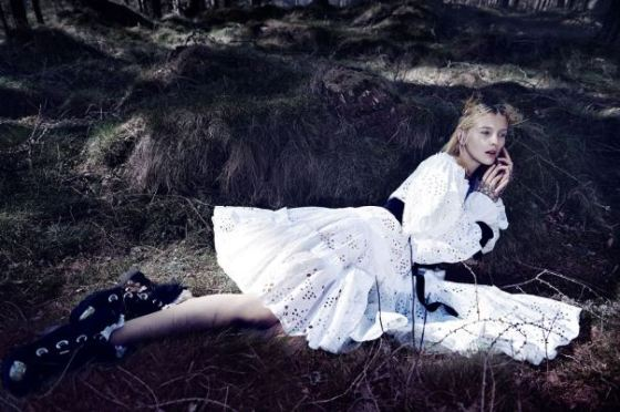 nastya-sten-sophie-touchet-by-fairy-queen-phil-poynter-for-vogue-germany-october-2014-11