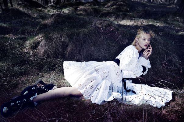 nastya-sten-sophie-touchet-by-fairy-queen-phil-poynter-for-vogue-germany-october-2014-11