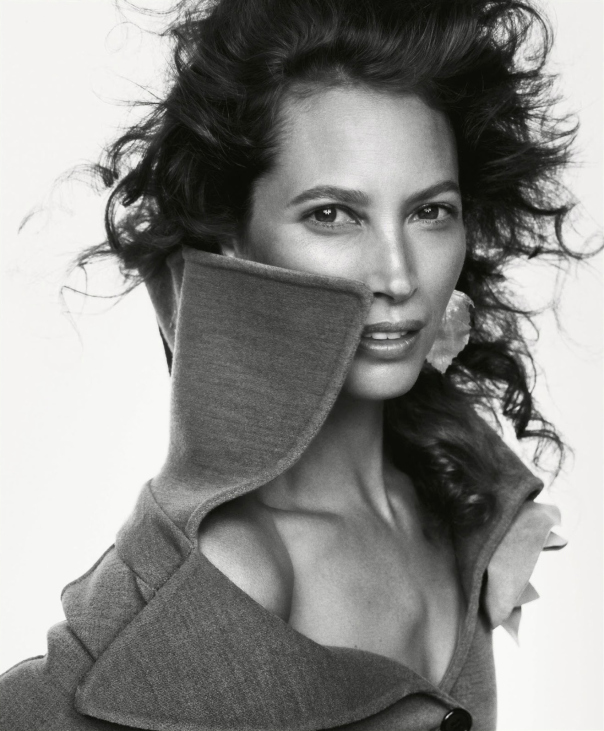 christy-turlington-by-inez-van-lamsweerde-vinoodh-matadin-for-porter-magazine-5-winter-2014-4