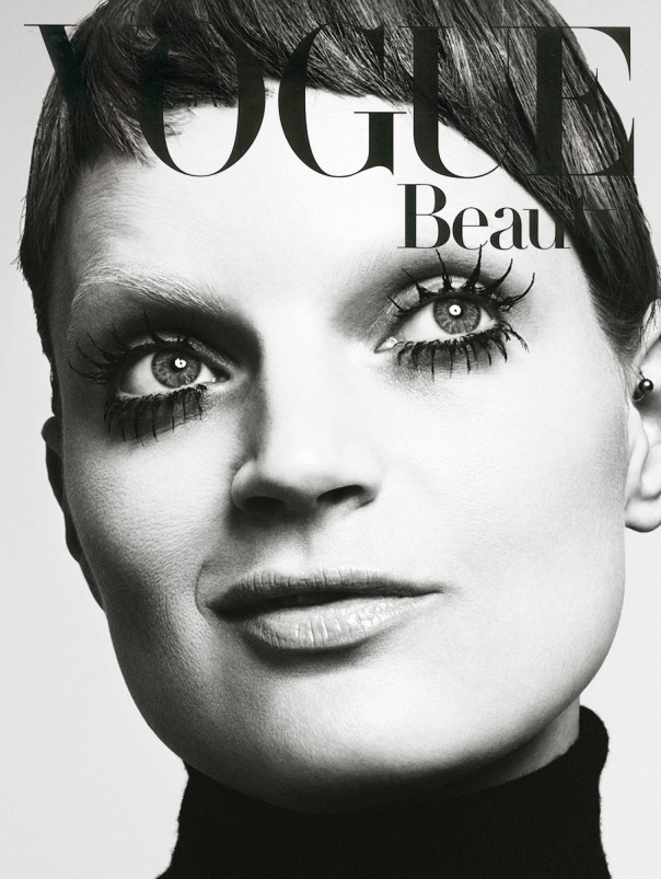 guinevere-van-seenus-by-marcus-ohlsson-for-vogue-japan-december-2014-1