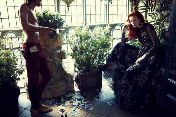 karen-elson-by-alexi-lubomirski-for-vogue-mexico-october-2014-3