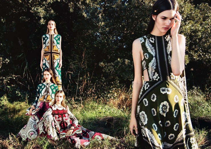 clementine-deraedt-grace-simmons-hedvig-palm-maartje-verhoef-vanessa-moody-by-michal-pudelka-for-valentino-spring-summer-2015-1