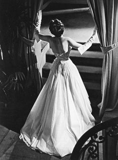 "Christian Dior's gown ""Offenbach"" photo: Willy Maywald 1950"