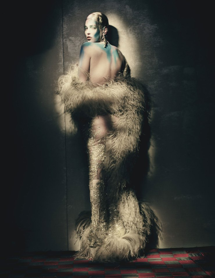 kate-moss-by-paolo-roversi-for-w-magazine-april-2015-1