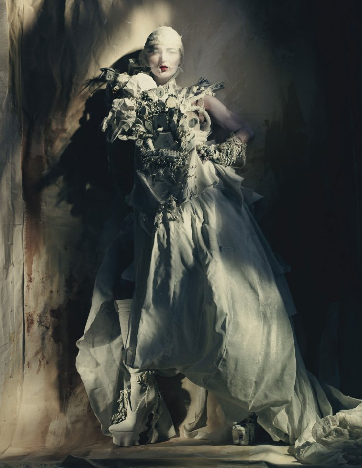kate-moss-by-paolo-roversi-for-w-magazine-april-2015-10