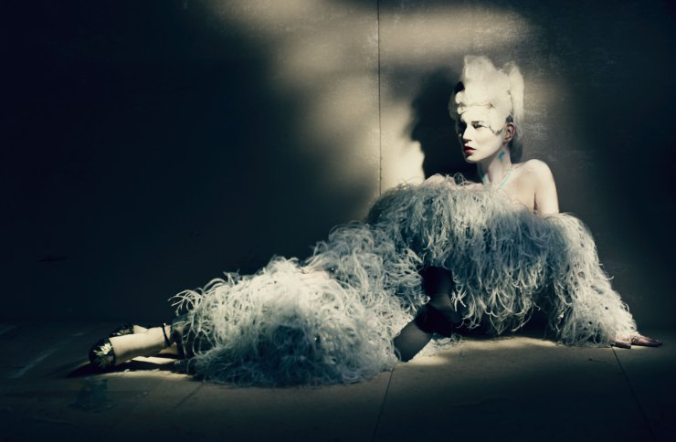 kate-moss-by-paolo-roversi-for-w-magazine-april-2015-11