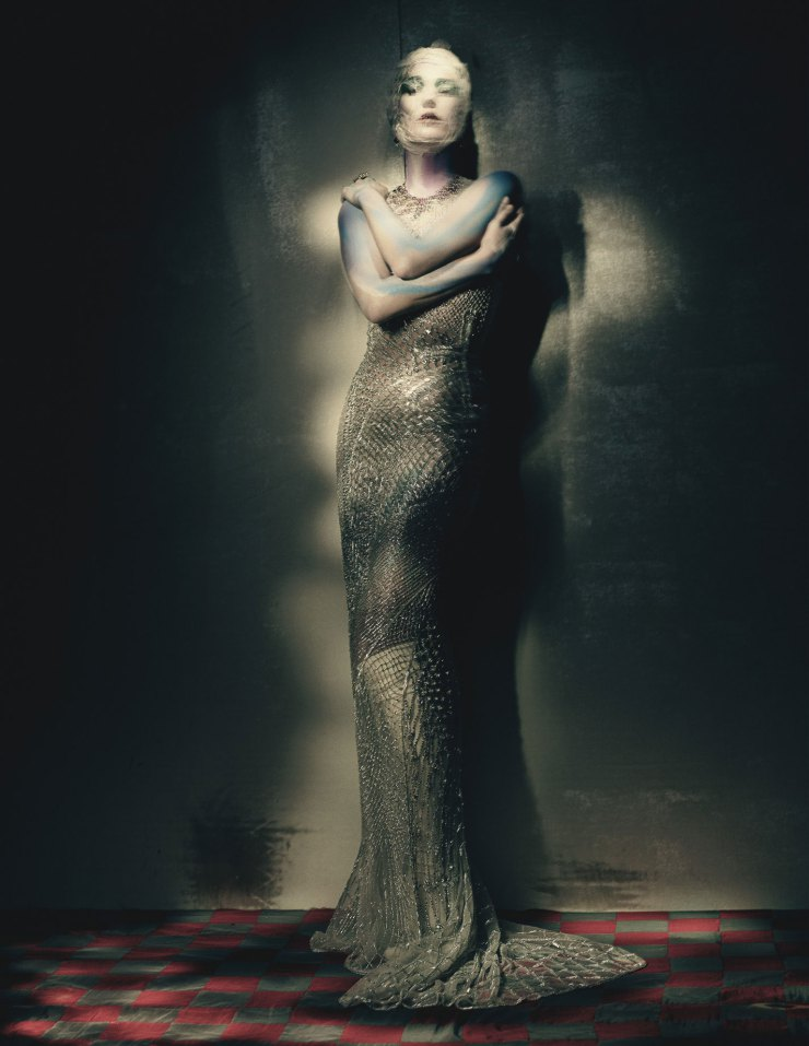 kate-moss-by-paolo-roversi-for-w-magazine-april-2015-4