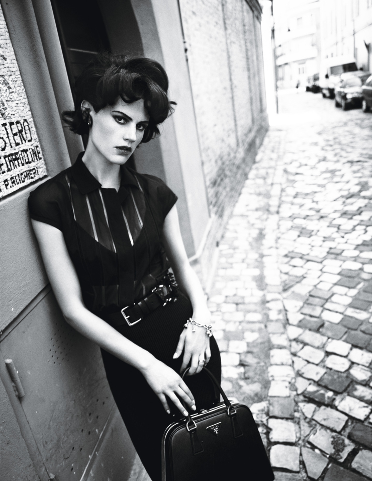 saskia-de-brauw-by-paolo-roversi-for-w-magazine-march-2015