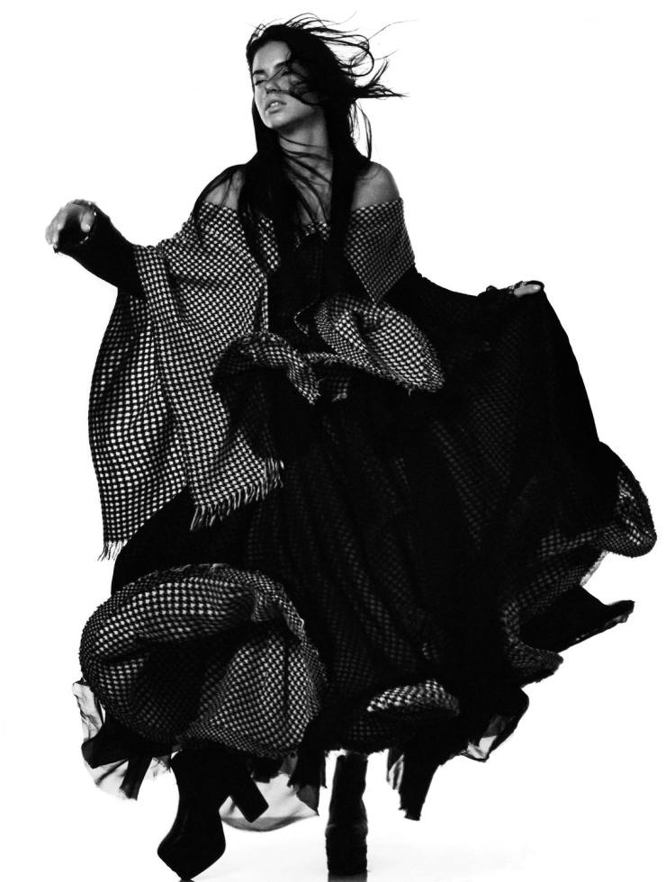 YOHJI-YAMAMOTO-david-sims-for-love-magazine-14-fall-winter-2015-11